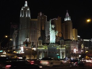 1024px-New_York_New_York_Hotel_and_Casino_at_Night